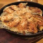 博多 鉄鍋餃子