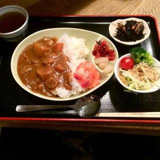 シーフードカレー サラダ付(魚源商店 )