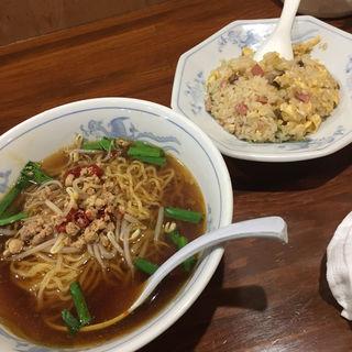 麺飯ランチ(餃子王 御器所店 )
