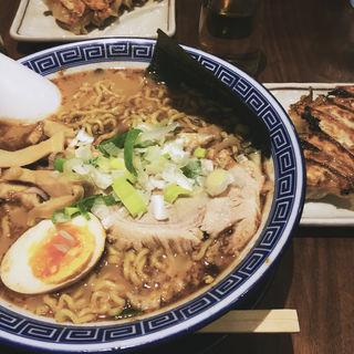 魚節豚骨麺(麺家 くさび 福島店 )