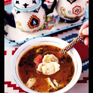チュチュル(ウイグル風ワンタンスープ)(ウルムチ フードアンドティー)
