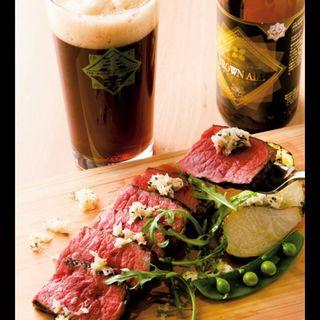 松阪牛の内もも肉のタリアータ三重の春野菜タイムと西洋わさび(三重テラス)
