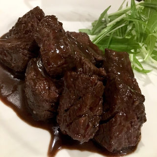 サイコロステーキ(肉Bar Tsunekichi)