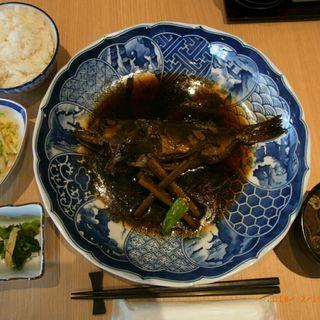 エゾメバル煮付定食(魚どん 然)