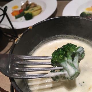 チーズフォンデュランチ(ブレッドガーデン イオンモール広島府中店 )