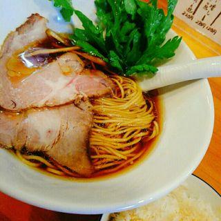 醤油らーめん(極汁美麺 umami)