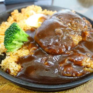 ロコモコプレートランチ(洋食とステーキ 健)