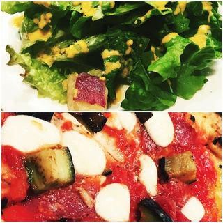 サラミと茄子のピッツァ(エントラータ ナビオ店)