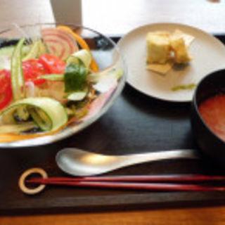 お野菜たっぷりトマトつけ麺(above GRILL & BAR (アバヴグリルアンドバー))