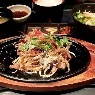 焼肉定食(Beef泰元)