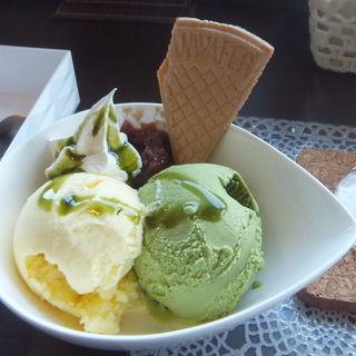 凛ダブルアイス(Cafe Lounge 凛 (カフェラウンジ リン))