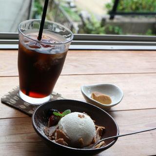 藻塩ジェラート(Cafe はまぐり堂 )