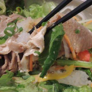 豚しゃぶとほうれん草のポン酢サラダごはん(Cafe&Dining SHELF)