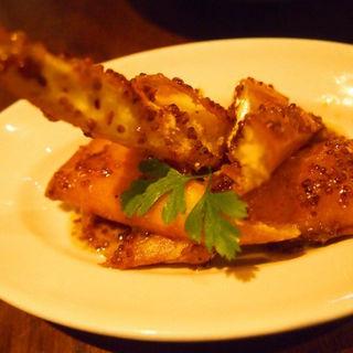 蟹とクリームチーズのステック揚げ(CONA 麻布十番店 (コナ))