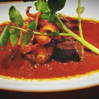国産牛ほほ肉のグリーンカレー(DINING BAR TALAHT (ダイニングバー タラート))