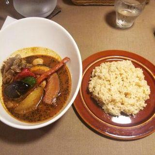 チキンと野菜のスープカリー(FUKUROO. (梟))