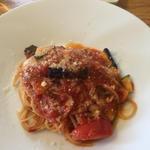 春野菜のトマトソースパスタ