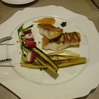 白身魚とヤングコーンのグリル(GRIS)