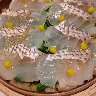 真鯛と菜の花のせいろご飯(GRIS)