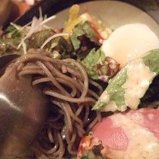 梅正特製そばサラダ(Hakata Dining 梅正)
