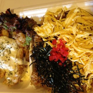 鶏飯とチキン南蛮お弁当(HEIZO CHIKEN (ヘイゾー チキン))