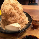 タピオカミルクティーかき氷(ICE MONSTER OMOTESANDO (アイスモンスター))