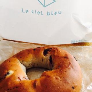 ブルーベリーベーグルのクリームチーズサンド(Le ciel bleu (ル シエル ブルー))