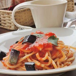 イタリア産モッツアレラとナスのトマトバジル生パスタセット(Lily Cafe)