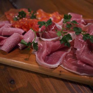 イタリア産ハムの盛り合わせ(PIZZERIA DA GRANZA)