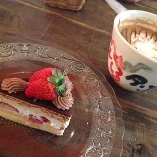 ケーキセット(ショコラケーキ)(RJカフェ)