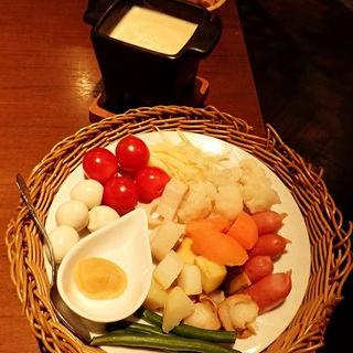 【チーズ代表】4種チーズと西京味噌のクワトロチーズフォンデュ(SAIKA 銀座店 (サイカ))