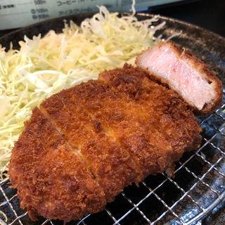黒豚ロースとんかつ定食(そ!これこれ豚肉屋)