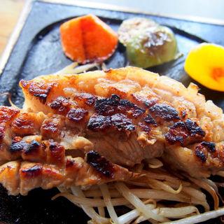 フルーツ漬け松阪豚のサムギョプサル