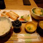 紅ジャケのハラス焼き定食