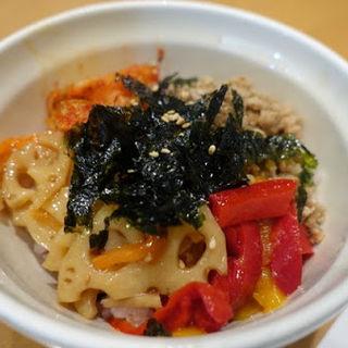 ミニビビンバ丼(Vegeけなりぃ ecute品川South店 (ベジケナリイ))