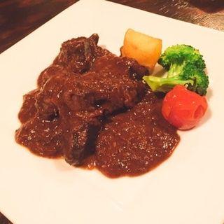 牛ほほ肉の赤ワイン煮(Wine&Dining 蔵人 )
