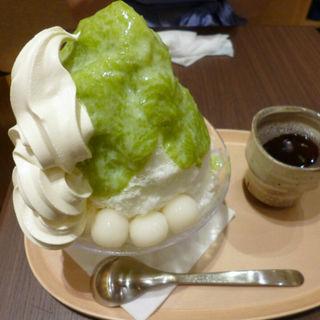 ずんだクリームかき氷(あおざしからり茶屋 イセタン フード ホール ルクア イーレ店 )