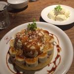 バニラ&ホイップ&バナナパンケーキ、キャラメルソース(ハーフ)