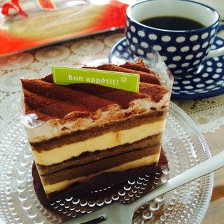 コーヒーとマスカルポーネのケーキ(あさのや洋菓子店 )