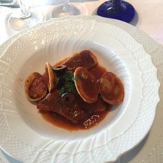 真鯛のリヴォルノ風 軽いトマト煮込み(アルポルト静岡 (Al Porto SHIZUOKA))