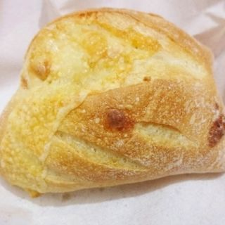 デンマークチーズのロールパン(アンデルセン )