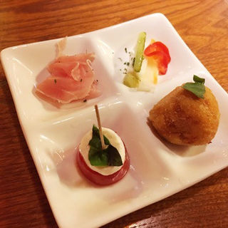 イタリアン前菜 4種盛り(イタリアンバル LaLa)
