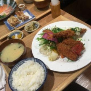 カニクリームコロッケ&エビフライ定食(いっかく食堂 天神店 )