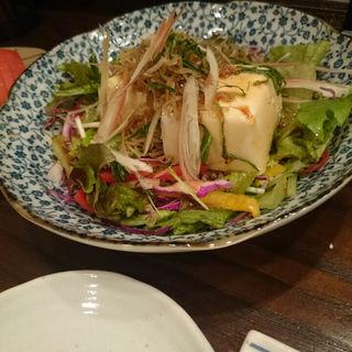 豆腐と揚ジャコのサラダ(いっぷく )