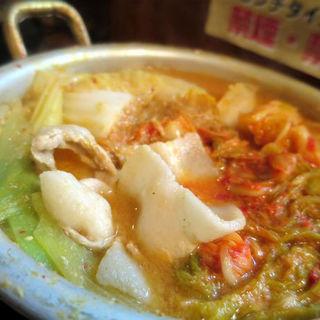 豚と白菜のにんにく味噌キムチ鍋(うちのおかん時々おとん )