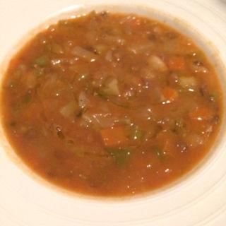 豆と野菜のスープ(ウナボルタ (Una Volta))
