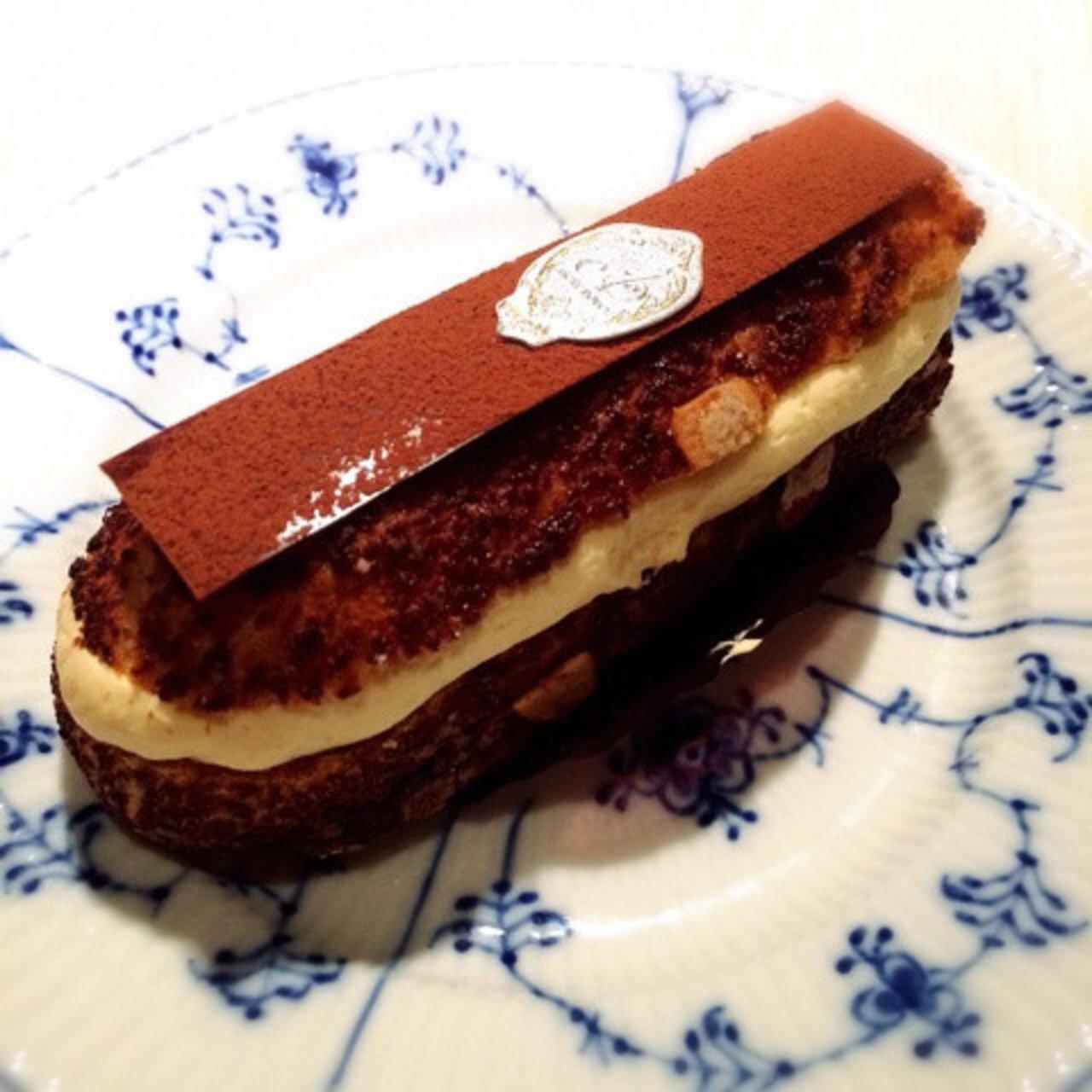 ドゥース エーグル 手土産に人気のエーグルドゥースの焼き菓子!ケークはスタイリッシュな宝石箱♡