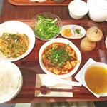 選べるセット(麻婆豆腐と汁なし担々麺)