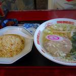 塩ラーメンと半チャーハンのセット(オクタン餃子 )