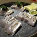 太刀魚のあぶり ブラックオリーブのソース